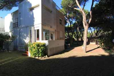 House in the pine grove of Gava Mar close to the beach
